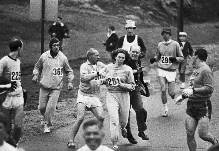 bizarre-photos-in-history-switzer-boston-marathon