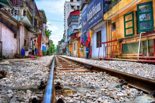 hanoi-train-track-16[6]