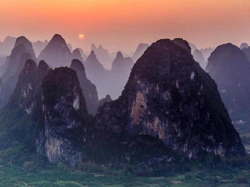 mountain-sunset-landscape-china_80191_990x742