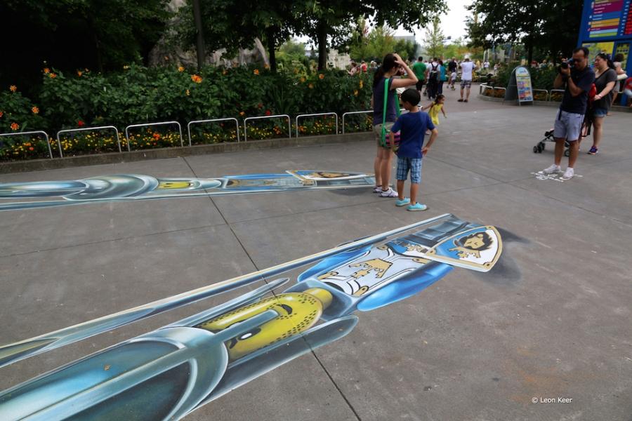3D-Street-Art-by-Leon-Keer-at-Legoland-2014-5