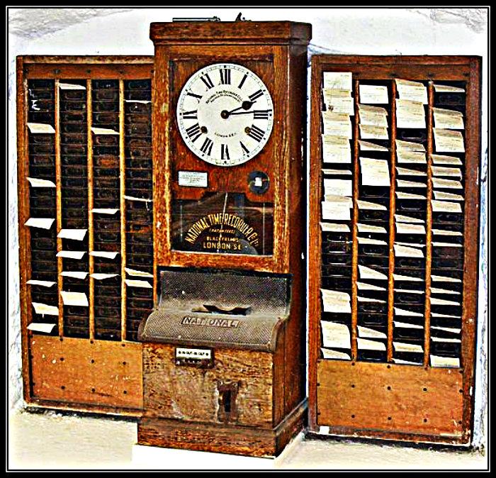 GG-Belli-orologio-ufficio