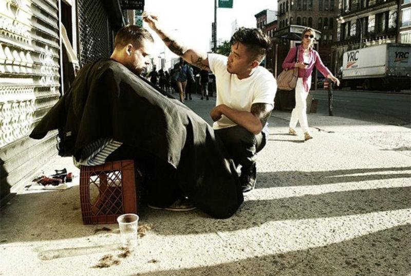 haircuts-for-homeless-mark-bustos-4