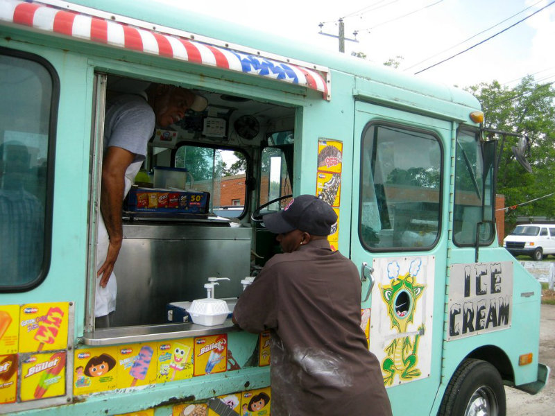 Shadowing_David_W_on_Wise_Farm_Lunch_at_Gerralds_Truck_013_2_JPG_998x2304_q85