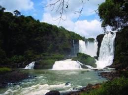 Waterfall Island, Alto Parana,Paraguay.