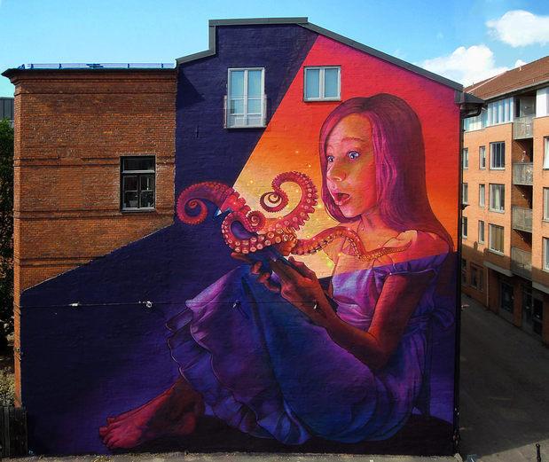 004-beautiful-street-art-natalia-rak