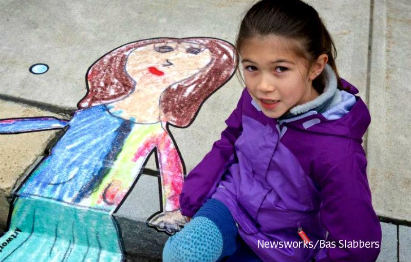 littering+street+art+girl+esme+fa+harrison+germantown+newsworks