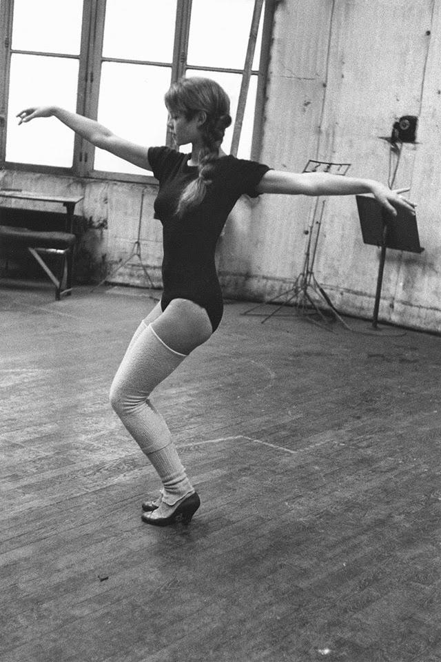 Brigitte Bardot as a Ballerina (6)