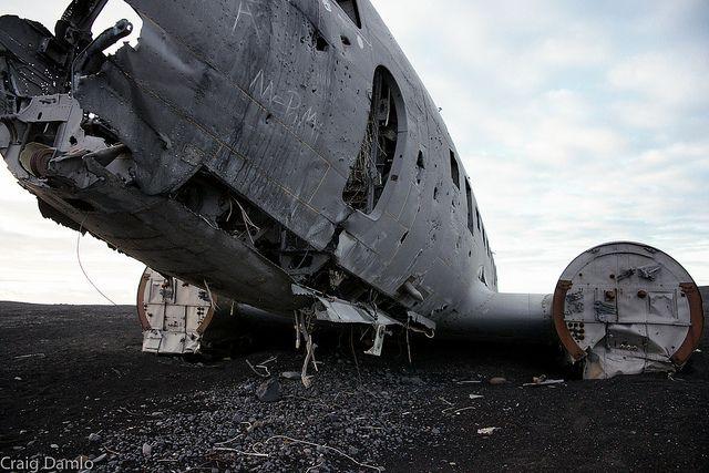 c-47-skytrain-dakota-wreck-iceland-4