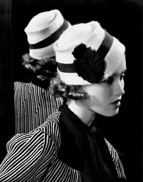Fashion Photography by Edward Steichen in the 1920s and 1930s (2)
