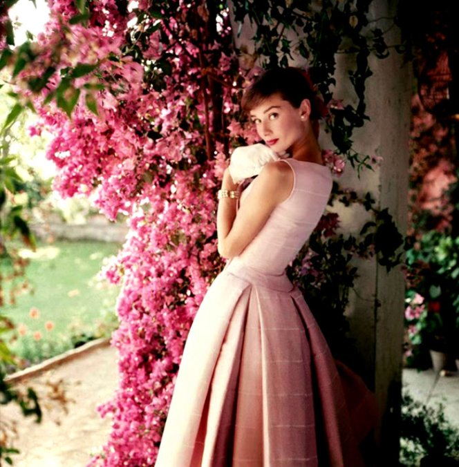 Fashion Photography of 1950s by Norman Parkinson (3)