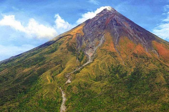 mayon-volcano-1[2]