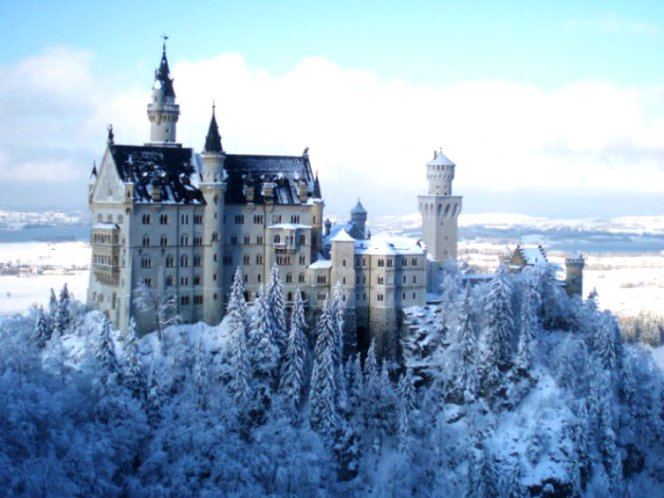 neuschwanstein_winter_marys