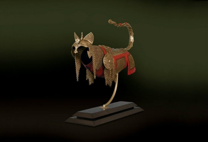cats-and-mice-armour-jeff-deboer-17