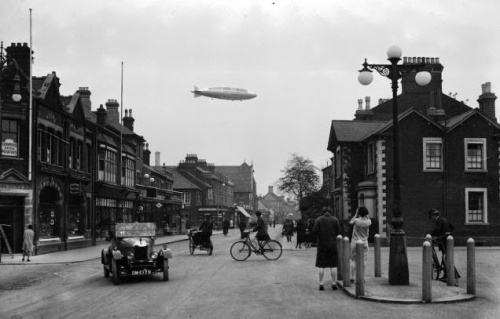 Vintage Photos of Zeppelins in History (15)