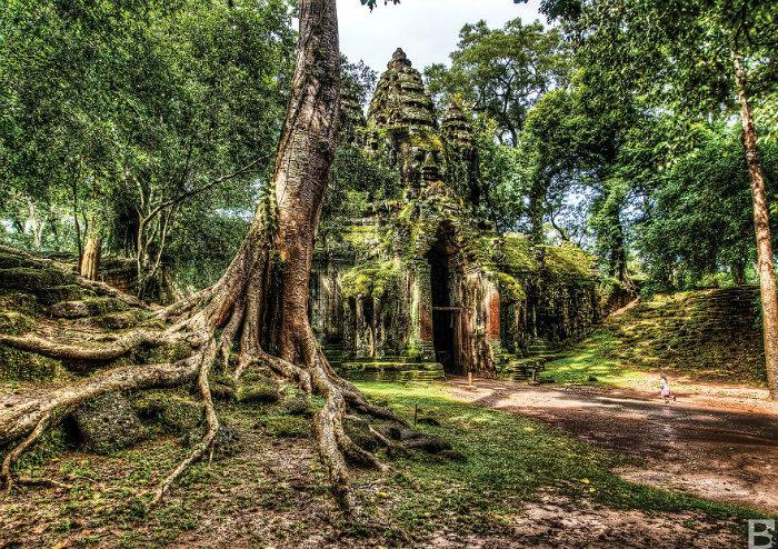 Angkor-Wat-Gate__880