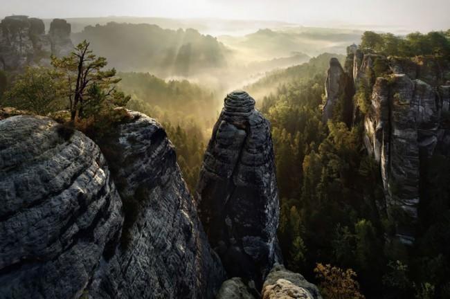 brothers-grimm-wanderings-landscape-photography-kilian-schonberger-6-650x432