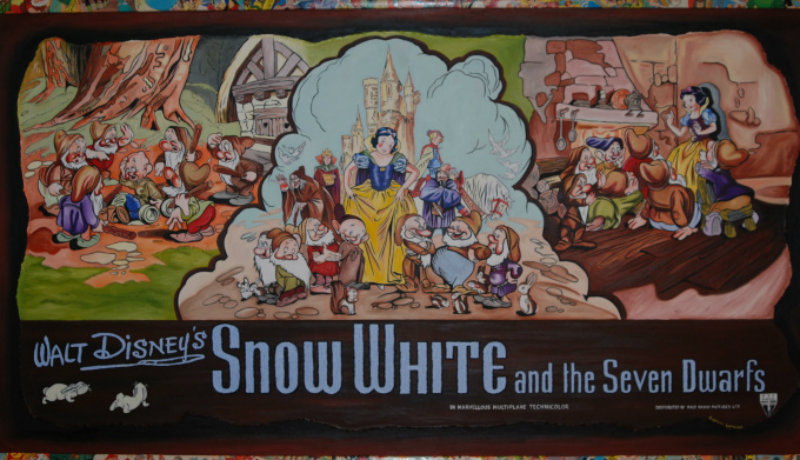 snow-white-homarge-gallery1