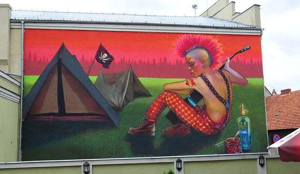003-beautiful-street-art-natalia-rak