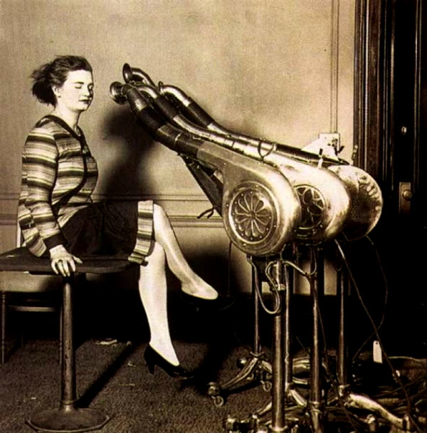 Unusual and Bizarre Beauty Devices in the 1930s and 1940s (2)