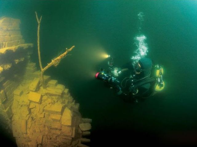underwater-ruins-shicheng-ancient-city-china-3