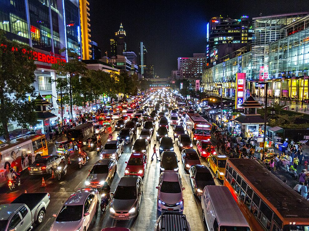 bangkok-night-guttenfelder_89656_990x742