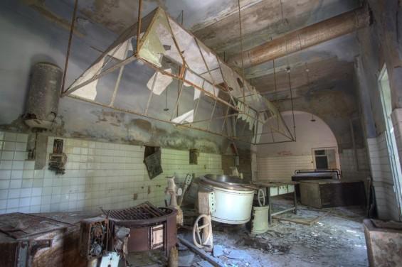 kitchen-565x376