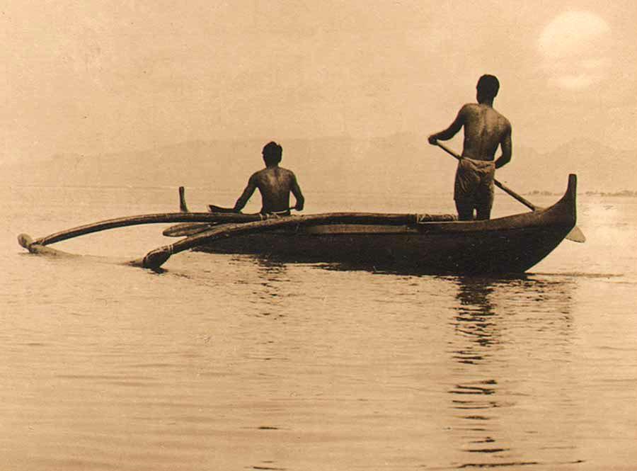 1-outrigger-canoe