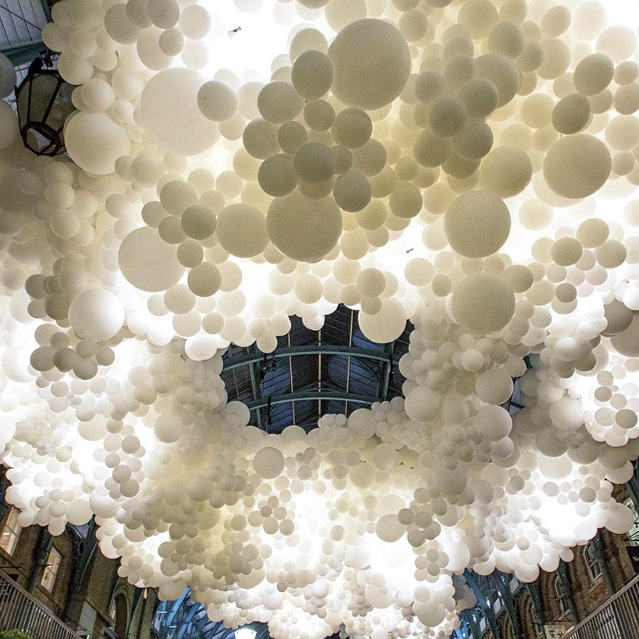 balloons-covent-garden-heartbeat-charles-petillon-19