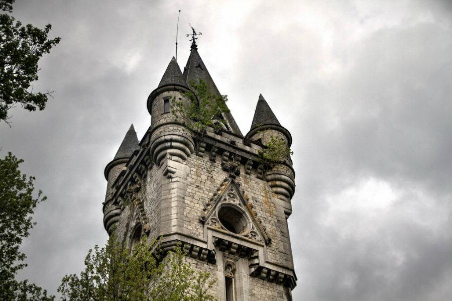 castle-miranda-ardennes-belgium-9
