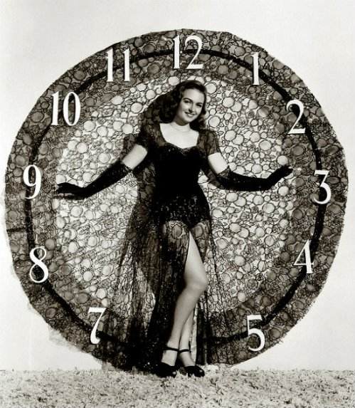 American Actresses Greeting New Year in the Past (11)