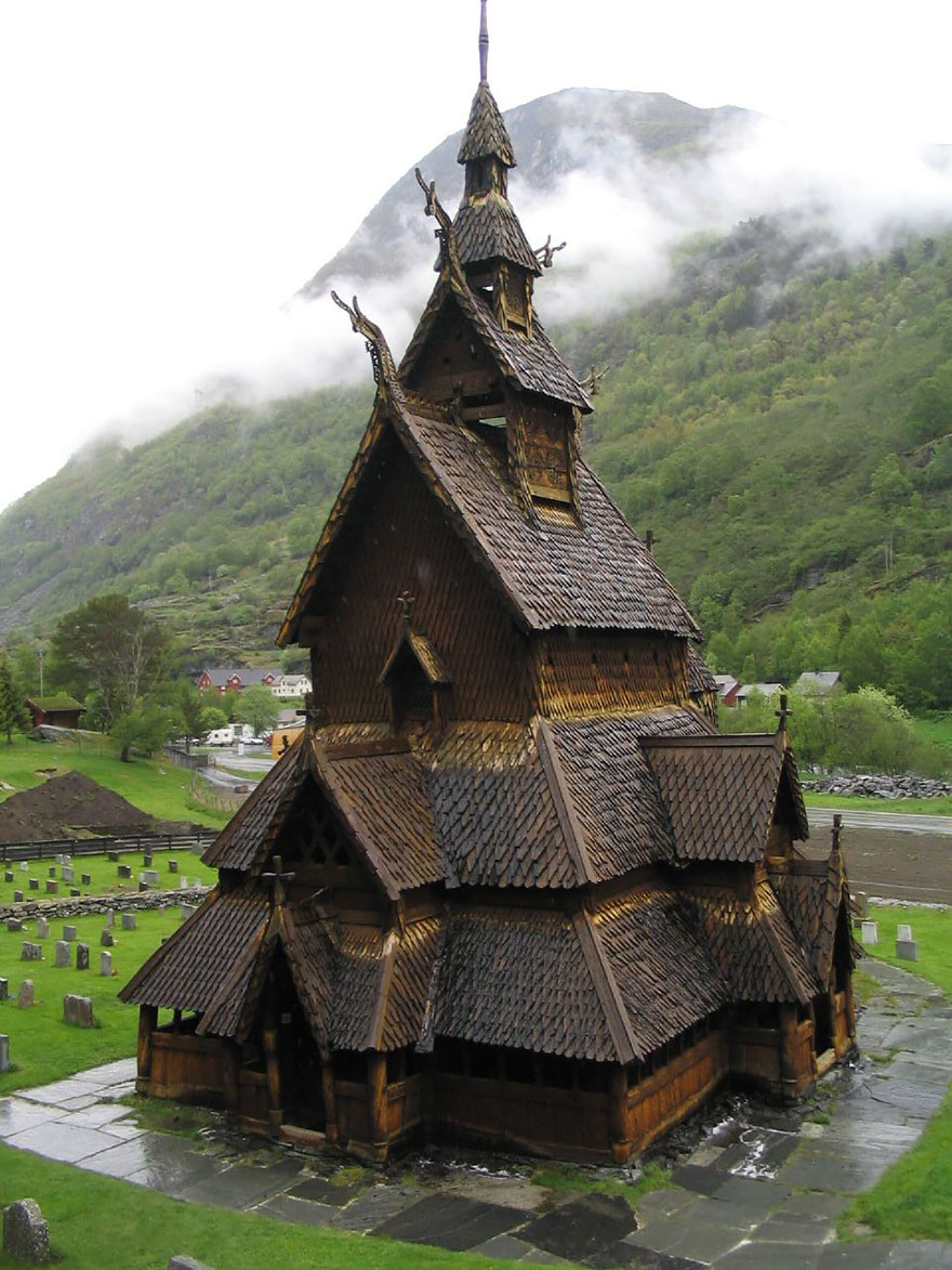fairy-tale-viking-architecture-norway-1__880