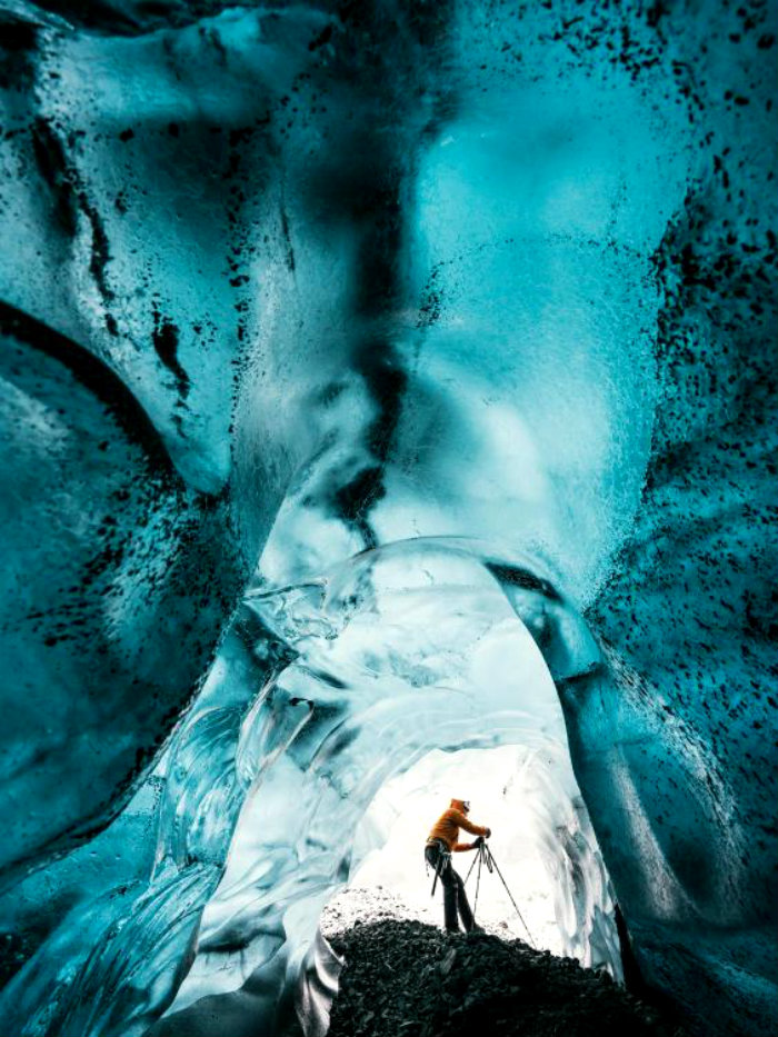 Ice-Caves-Iceland-4