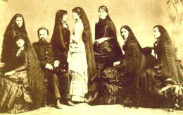 The Seven Sutherland Sisters and all their Hair, 1885.