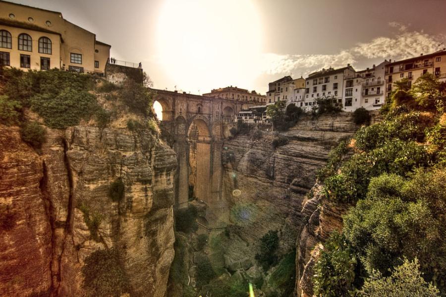 Ronda (Ронда), Андалусия, Испания - путеводитель, достопримечательности Ронды, туристический маршрут по городу с картой. Что посмотреть в Ронде,как проехать