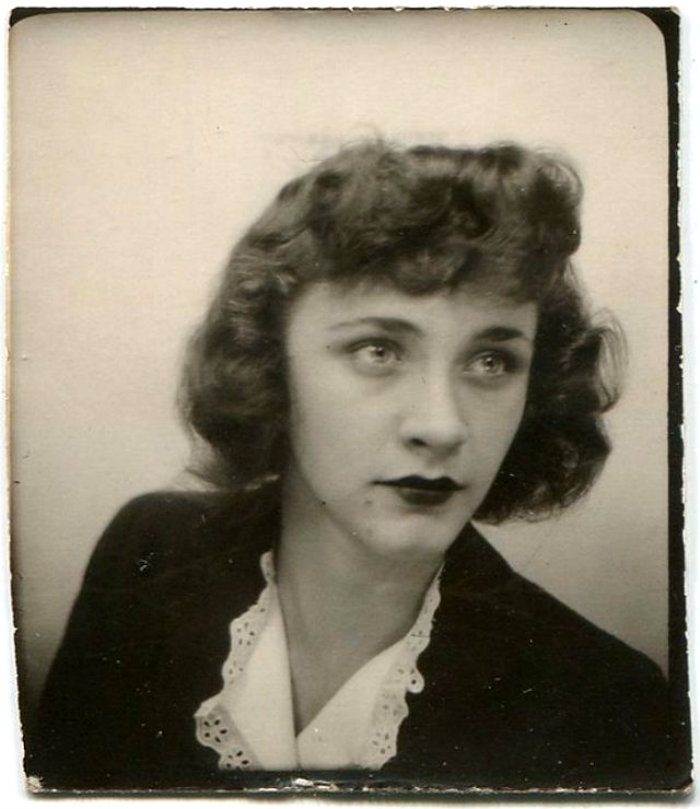 Short Curly Hair in the 1930s (2)