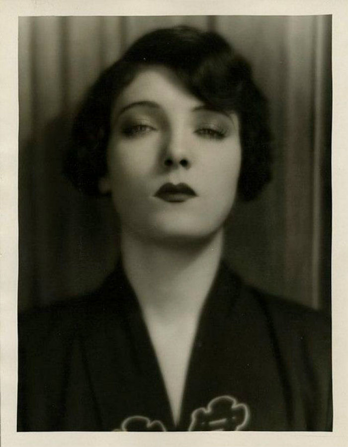 Short Curly Hair in the 1930s (20)