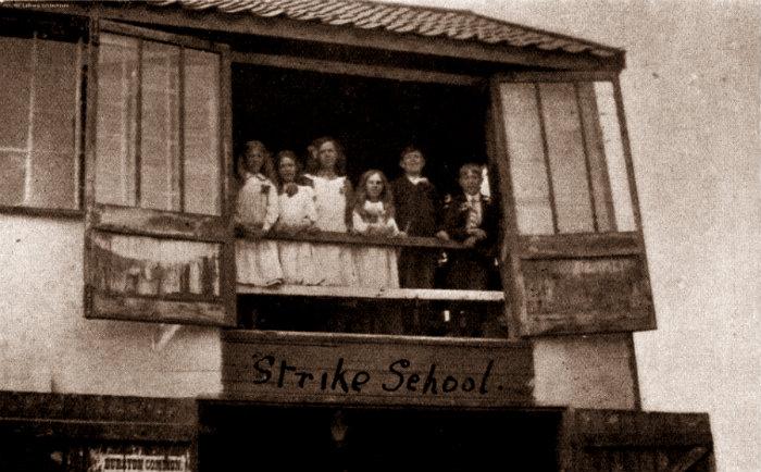 15_1915_carpenters_shop