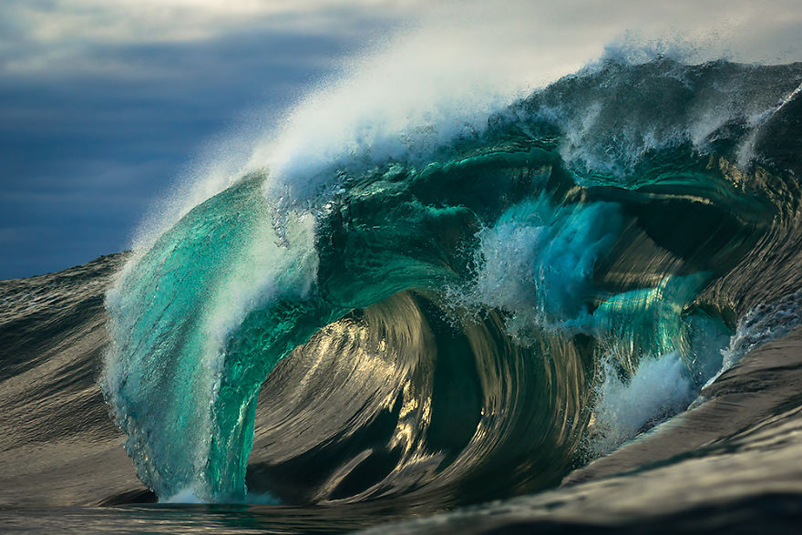 i-capture-the-ocean-and-its-many-moods-57cd27d9f29ae-png__880
