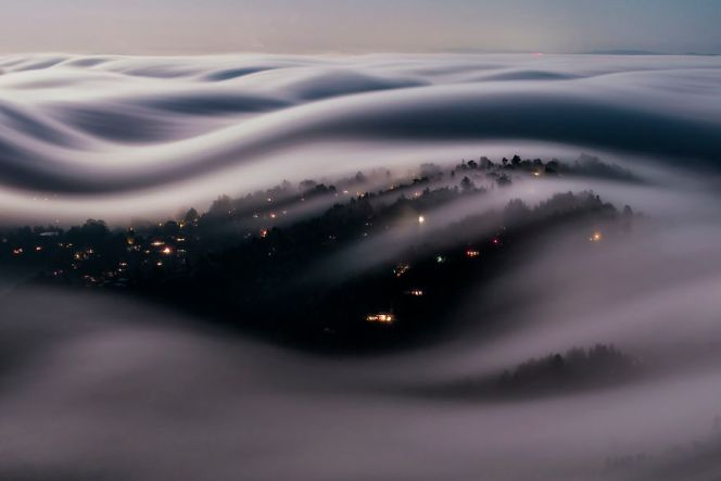 long-exposure-fog-full-moon-light-marin-county-lorenzo-montezemolo-57d2fbf9b408e__880