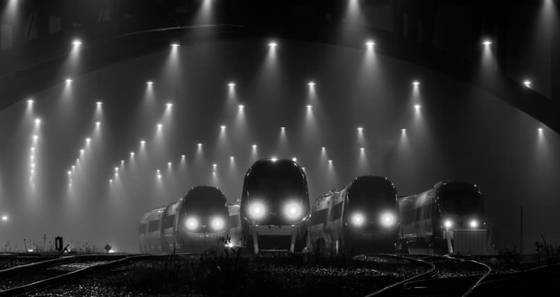 these-trains-in-denmark-look-like-theyre-about-to-take-over-the-world2-1-805x427
