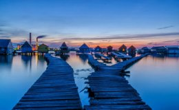 The Floating Houses of LakeBokodi.