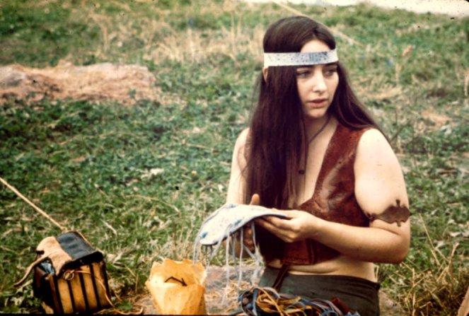 girls-of-woodstock-1969-2