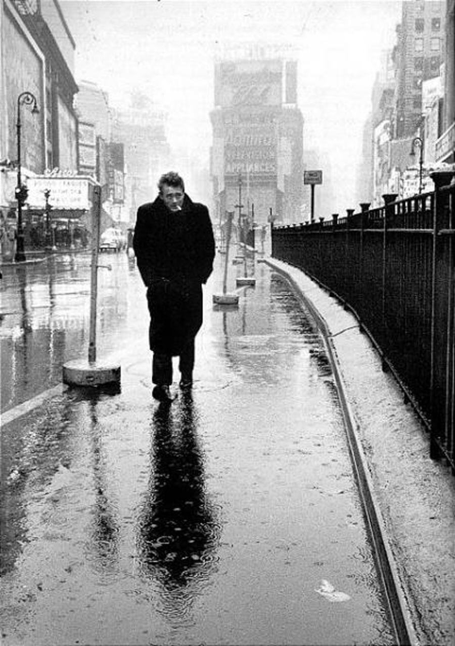 james-dean-times-square-new-york-1954