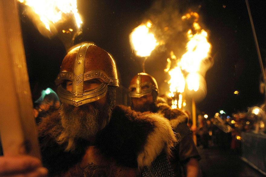 vikings-up-helly-aa-festival-shetland-scotland-8