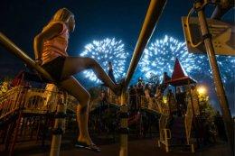 Fireworks Festival in Brateevsky Cascade Park,Moscow.